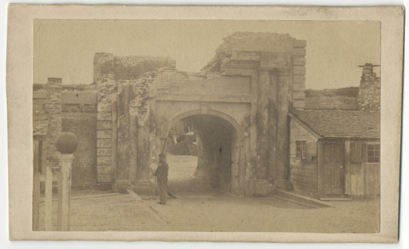 Image: Sally Port at Fort Moultrie