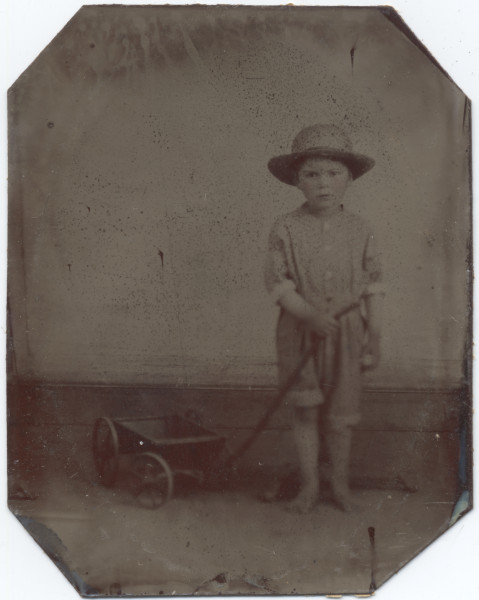 Image: Unidentified boy