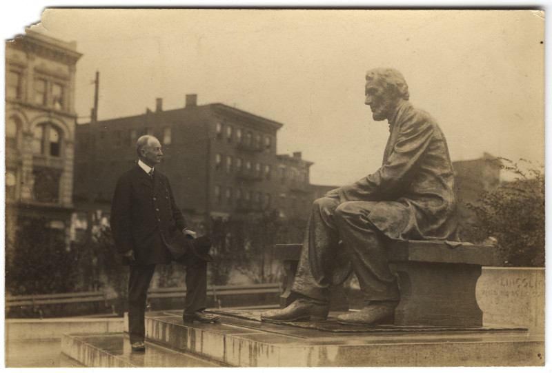 Image: Osborn H. Oldroyd visiting Seated Lincoln statue