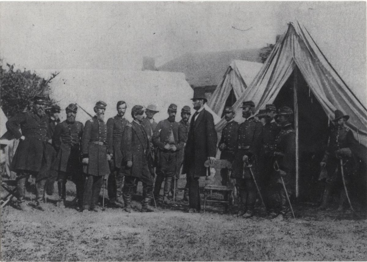 Image: Lincoln at Antietam