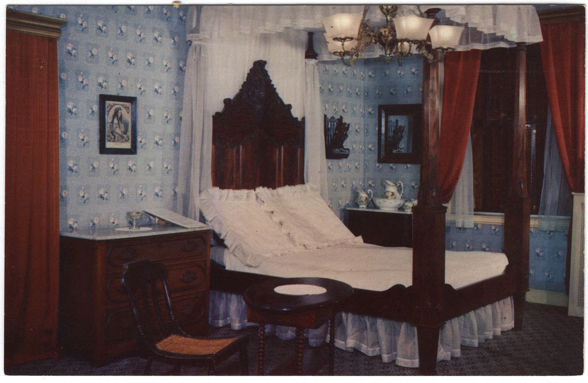 Image: Bedroom in Wills house, Gettysburg, Pa.