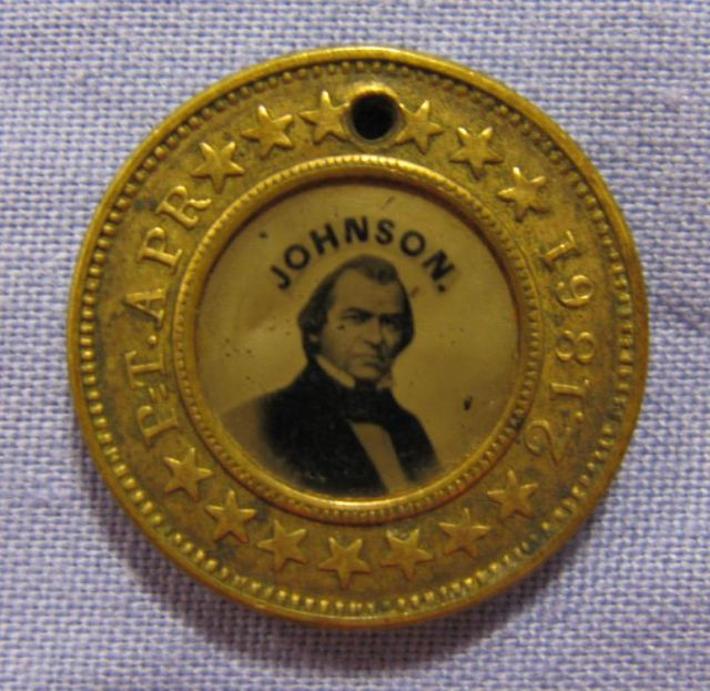 Image: Abraham Lincoln campaign button
